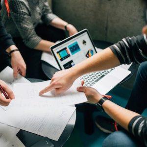 ¿Qué es un CMS y qué ventajas tiene en una página web empresarial?
