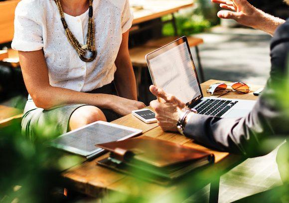 Tiendas virtuales B2B: ¿Por qué empresas compran en línea?